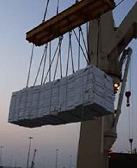 8000 CBM pulp shipment from Indonesia to Abu Dhabi